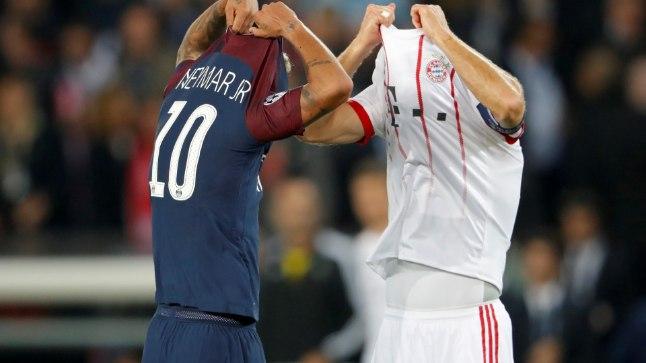 PSG staar Neymar ja Müncheni Bayerni ametivend Arjen Robben valmistuvad särke vahetama.