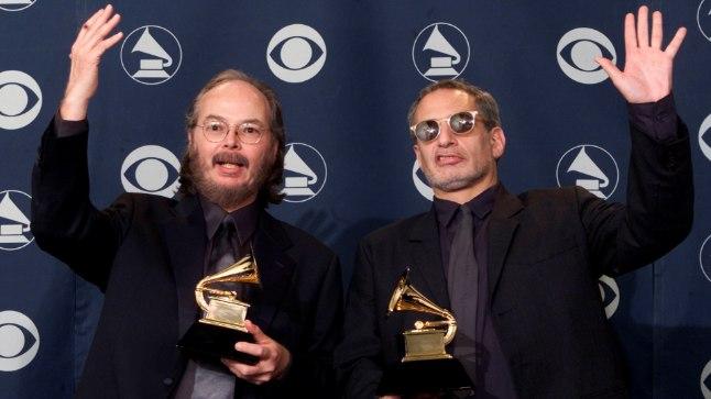 Walter Becker (vasakul) ja Donald Fagen 2001. aastal.