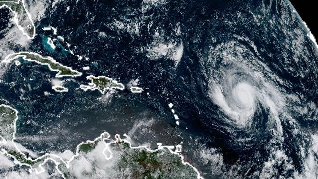 3. septembril tehtud satelliitfotol on näha, kuidas Irma Kariibidele läheneb