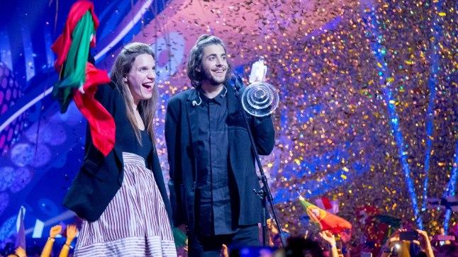 Salvador ja Luisa Sobral Eurovisioni võidu järel.