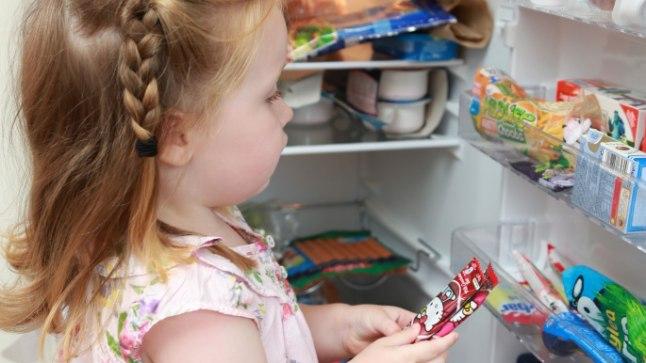 Iga asi õiges kohas: kuna külmiku eri osades on märkimisväärsed temperatuurivahed, peaks iga toiduaine leidma koha õigel riiulil.