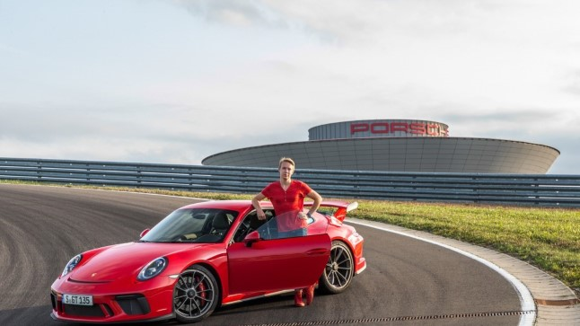 Loo autor ja Porsche GT3 Leipzigi testirajal.