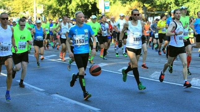 Medar 2015. aasta Tallinna maratonil.