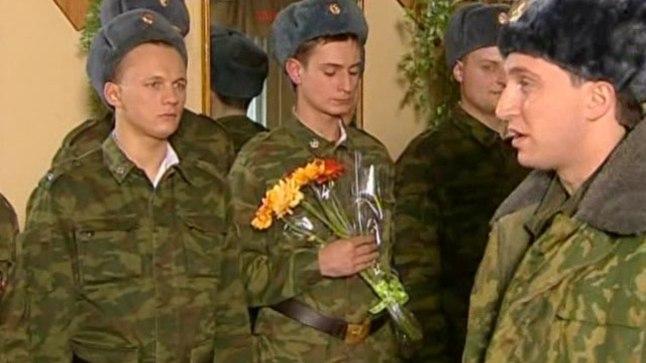 "Кадр из сериала ""Солдаты"""
