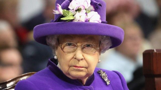 EI OLNUD RAHUL: kuninganna Elizabethile pesumeistri raamat nähtavasti ei meeldinud.