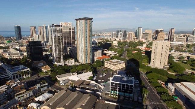 Hawaii osariigi suurim linn Honolulu.