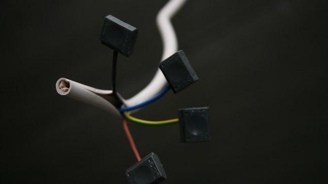 ELEKTRIVARGUS: Elektrilevi inspektoritel on varaste nipid enam-vähem teada.