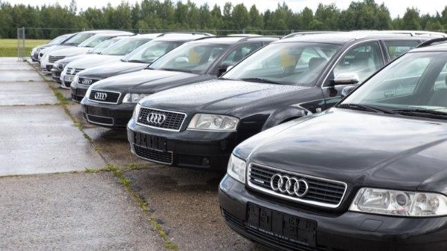 AUTOPARK: Eestis on 725 000 autot, millest kuuendik on peatatud registrikandega