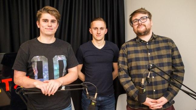 Pavel Marin koos ajakirjanikega.