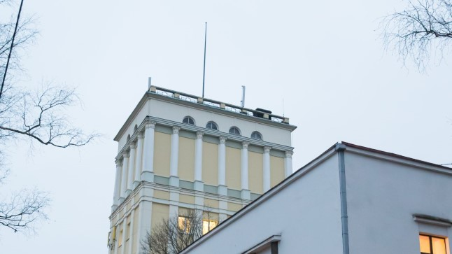 Tartu veetorni katusele on juba paigaldatud lipumast ja 22. veebruarist hakkab seal lehvima Eesti lipp.