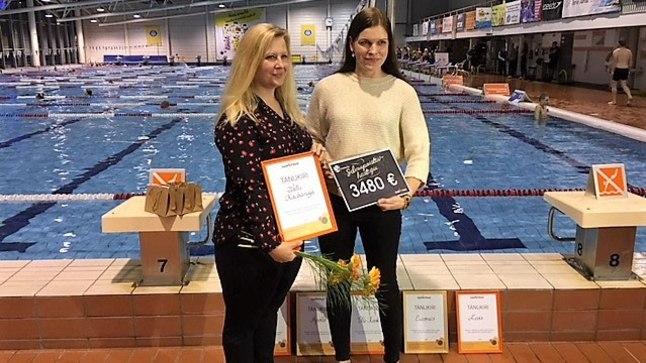 Lastefondi strateegiajuht Küllike Saar (paremal) avaldas tänurõõmu, et Tartu Kaubamaja on Lastefondi valinud oma pikaaegseks partneriks.