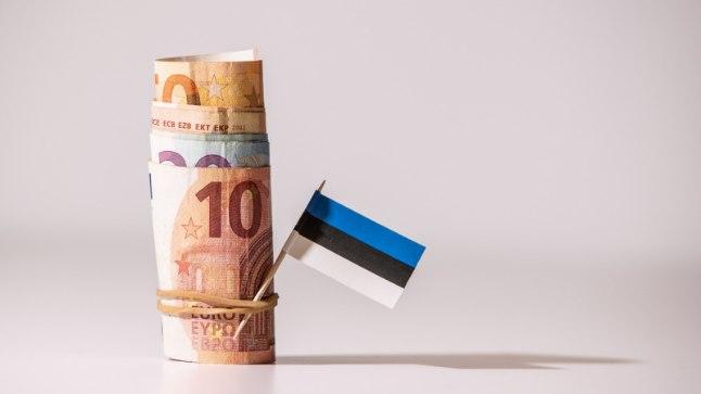 Möödunud aastal osteti vaid 63% kodusid laenuga. Kas eestlased on rikkaks saanud või ei anna pangad enam laenu?