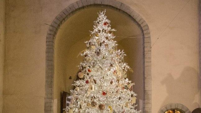 2017. aasta Niguliste jõulupuu.