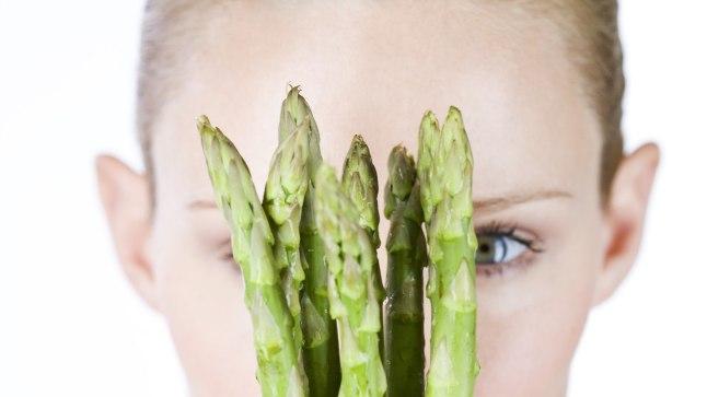 Sparglis, nagu ka kanalihas ja mereandides leidub aminohapet nimega asparagiin, mis võib olla meelepärane rinnavähi rakkudele.