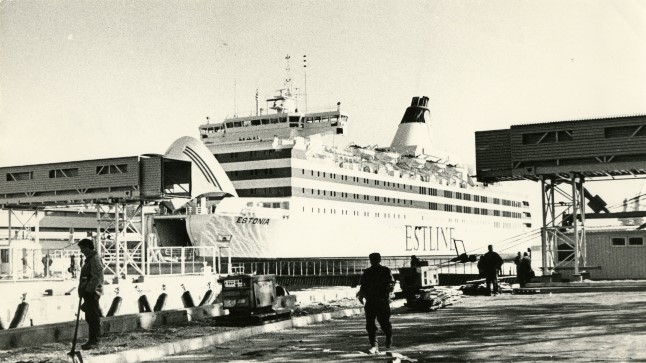 Reisiparvlaev Estonia Tallinna reisisadamas