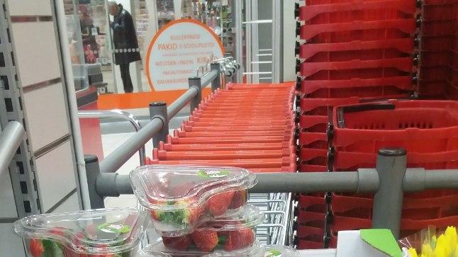 VEIDI TERVISLIKUM: šokolaadi asemel maasikad