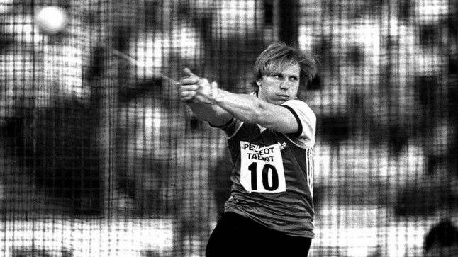 Suri legendaarne Sergei Litvinov, kes seisis kahel olümpiapoodiumil koos Jüri Tammega