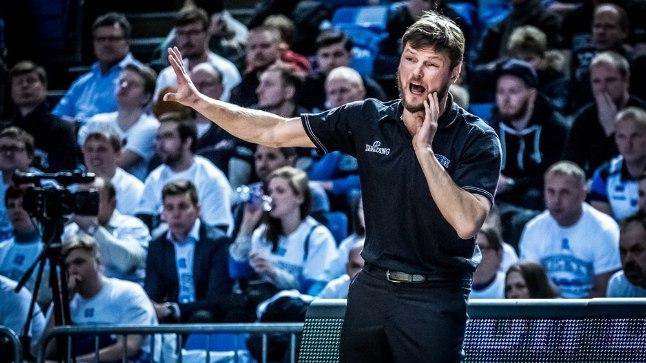 Indrek Visnapuu taasliitus korvpallikoondisega mullu sügisel ning tema taktikalisest taibust on peatreener Tiit Sokule palju abi.