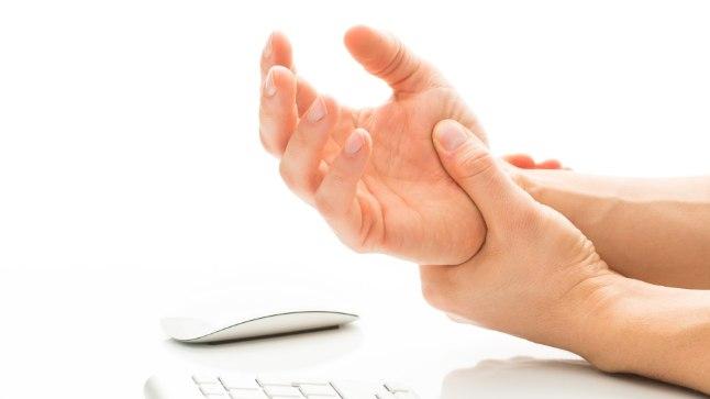 Karpaalkanali sündroom on üks levinumaid kutsehaiguseid, mis tekib samuti ülekoormusest.