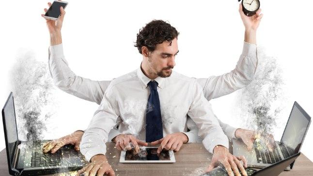 ÄRA RAPSI: Selle asemel, et teha tööl sadat asja korraga, sea endale eesmärk, eemalda segajad ja loo endale mõnus rahulik töökeskkond.