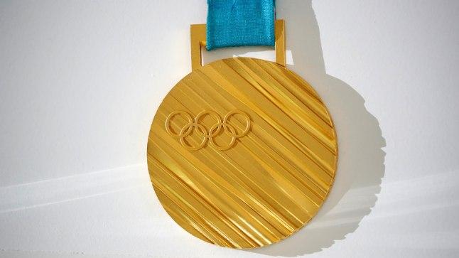 Pyeongchangi olümpiamängude võitjad saavad kaela sellise kuldmedali.