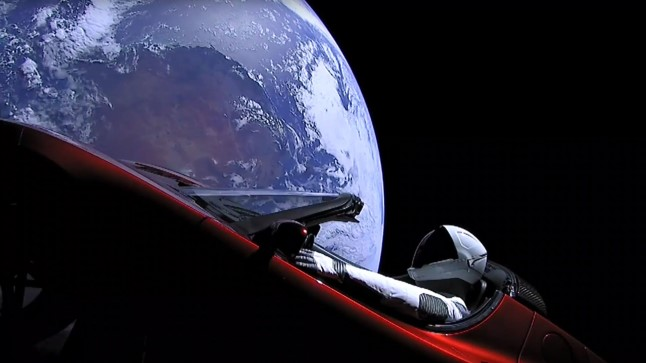 "Elon Muski punane Tesla ja ""Starman"" kosmoses"