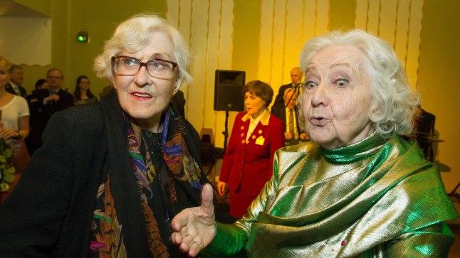 SÕBRANNAD: Ülle Ulla ja Ita Ever. Üks viimaseid fotosid Ullast. Ita Everi 85. sünnipäeva tähistamiselt Eesti Draamateatris 1. aprillil 2016. aastal.