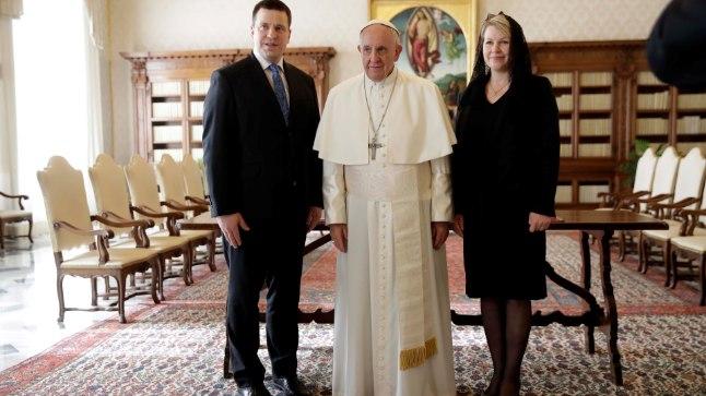 Peaminister Jüri Ratas Vatikanis kohtumisel paavst Franciscusega.