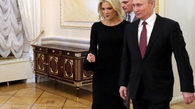 Megyn Kelly (vasakul) enne intervjuud Vladimir Putiniga