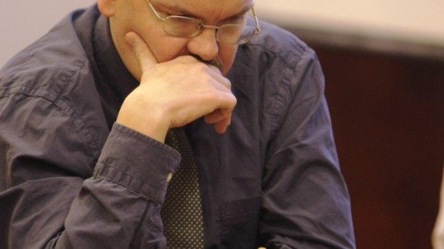 EESTI EEST: Jaan Ehlvest aitab malelaua ääres taas eestlasi.
