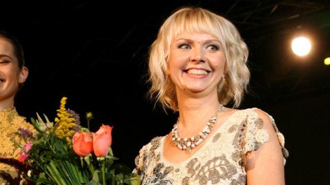 TALLINN FASHION WEEK 11 MEOETENDUSED NUKUTEATRIS, DIANA DENISSOVA , kollektsioon Päikesekiir kargel sügispäeval