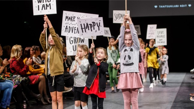 Lapsed Tallinn Fashion Weeki moeshow'l