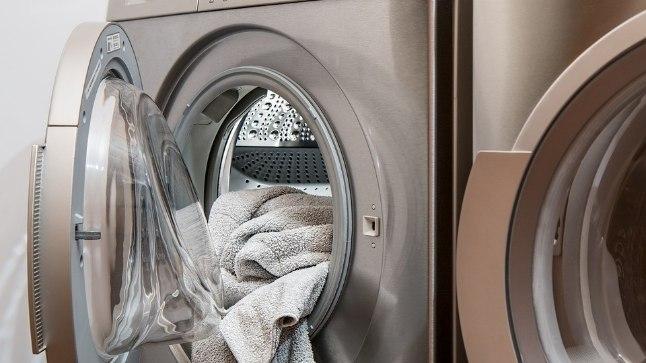 Loe kas ja kuidas kasutada pesu pesemisel pesuloputusvahendit!