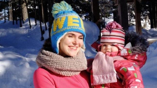 Evelyn Mikomägi ja beebi Stella