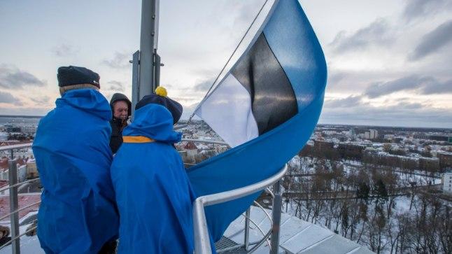 Lipu heiskamine Pika hermanni tornis