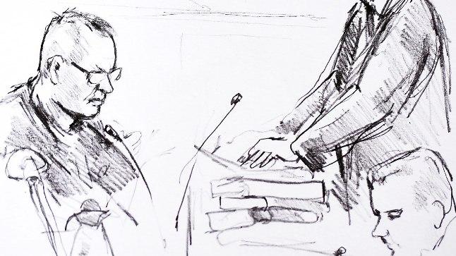 Pilk kohtusaali. Vasakul Peter Madsen. Seisab prokurör Jakob Buch-Jepsen.