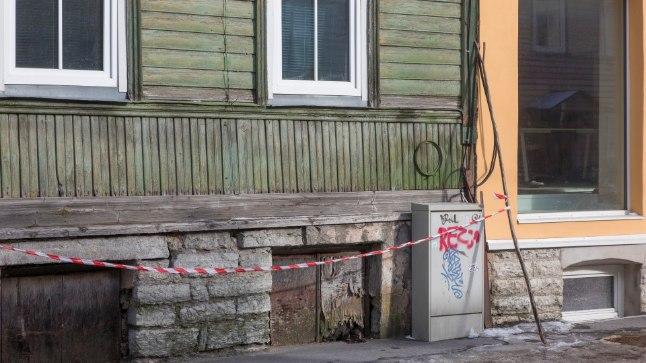 """""""Ohumärkide paigaldamine on iseenesest mõistlik, aga see kindlasti ei vabasta maja- ega kinnistuomanikku vastutusest,"""" kinnitab Eesti Korteriühistute Liidu juhatuse liige Urmas Mardi."""