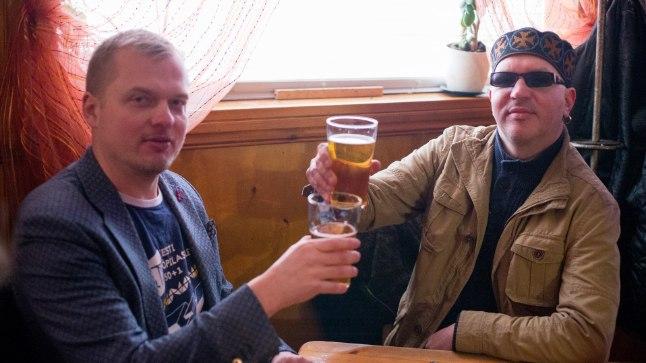 Jaak Juske ja Juku-Kalle Raid kutsuvad Õhtulehe baarituurile.