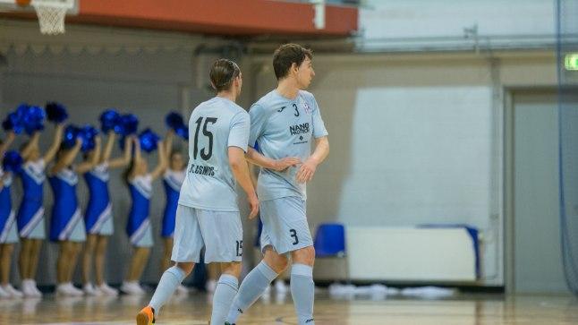 Tallinna FC Cosmos on tiitlist ühe võidu kaogusel.
