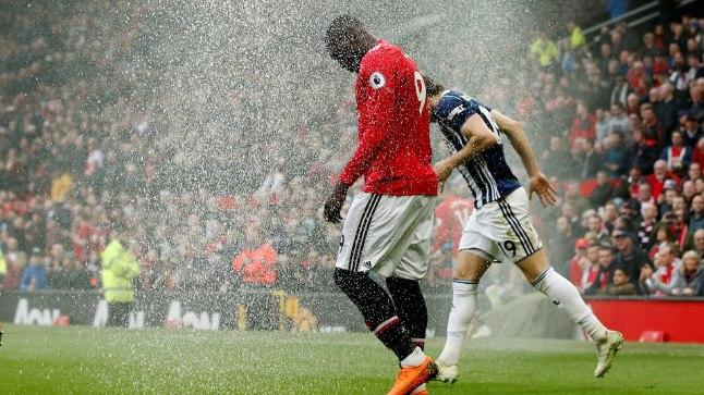 Manchester Unitedi ründaja Romelu Lukaku (punases) ei suutnud täna väravat lüüa.