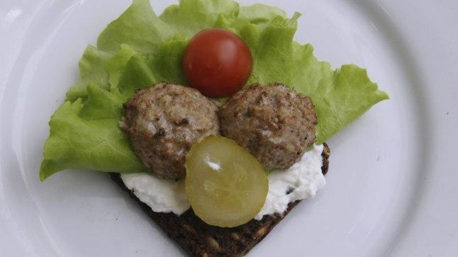 Toekas rukkileivast võileib annab energiat ega kõiguta veresuhkru taset palju.