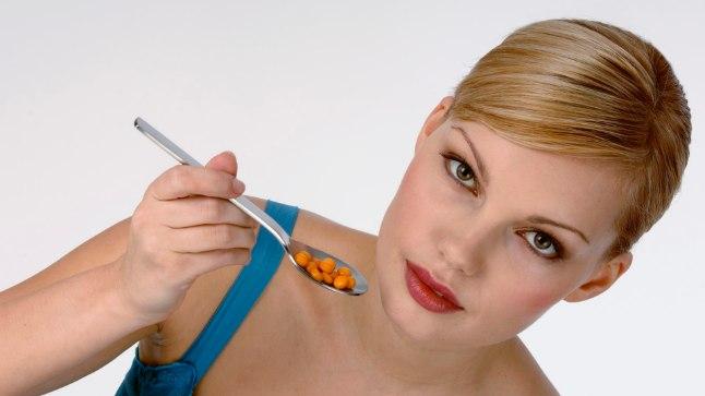 Inimene EI vaja igapäevaselt peotäit vitamiine.