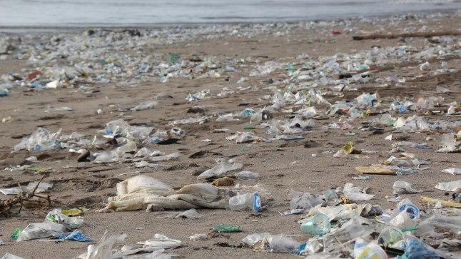 Taaskasutusse jõuab vähem kui viiendik Maal müüdavatest plastpudelitest.