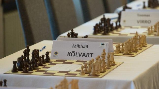 KASPAROVI SIMULTAAN TLMPM03: KASPAROVI SIMULTAAN :TALLINN, EESTI, 19OCT14Male maailmameister Garri Kasparov andis Tallinnas heategevusüritusel malesimultaani.mm/Foto MIHKEL MARIPUU/POSTIMEES