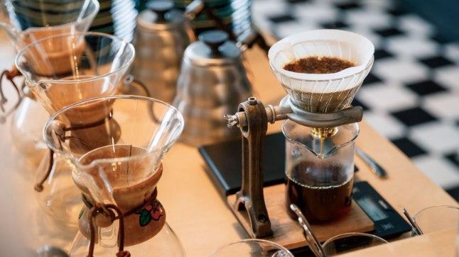 Raba Peedis maailma parimat kohvi mekkimas; Anu ja Teele