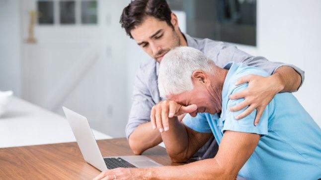 Meeielehitel inimeste appikarjed ummistavad vähiravifondi postkasti. Nad kõik on oma raviga ühel hetkel jõudnud punkti, kus arst teatab: kahjuks lõpevad siin haigekassa võimalused.