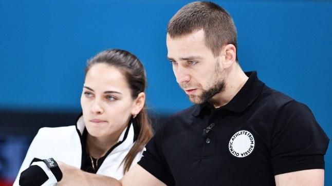 Aleksandr Krušelnitski olümpiaturniiri ajal koos abikaasast paarilise Anastassia Brõzgalovaga.