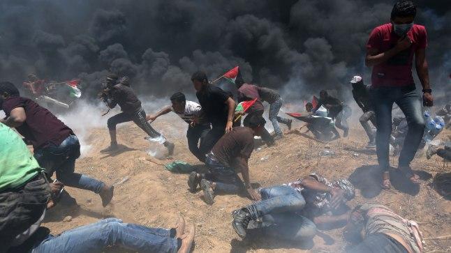 TÕELINE SÕDA: Gaza sektori ja Iisraeli piiril toimunud rahutustes sai esmaspäeval surma kümneid palestiinlasi. Vigastatuid loendati üle kahe tuhande.