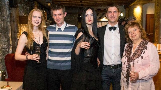 Eesti selgeltnägijate tuleproov 2017 osalejate tutvustus. TV3 nõiasaade.
