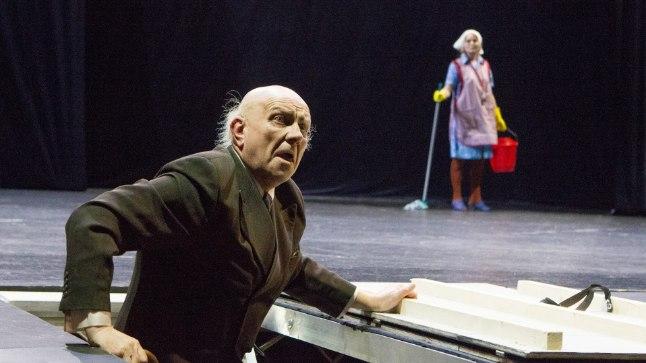Ivan Orav teatrilaval.